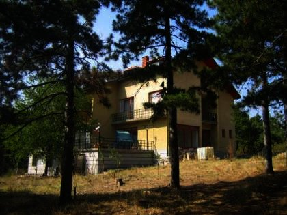 Large property in Haskovo region near Harmanli Bulgarian estate Ref. No 2286