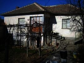 House near Haskovo Buy a property in Bulgaria Ref. No 2384