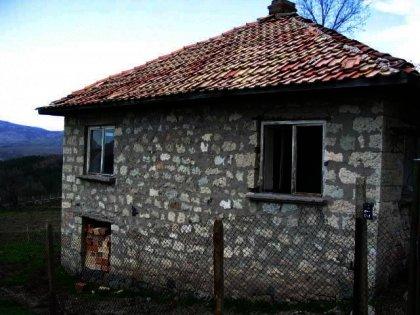 Rural stone house in Kardjali region.Good investment in bulgarian property. Ref. No 44284
