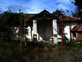 A cheap house near Kardjali in bulgarian countryside. Ref. No 44244