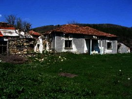 Cheap house with potential near Kardjali in Bulgaria. Ref. No 44455