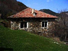 Rural stone house in Kardjali region.Good investment in bulgarian property. Ref. No 44454