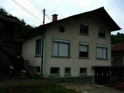 well maintained three- storey house in Gabrovo  Ref. No 591062