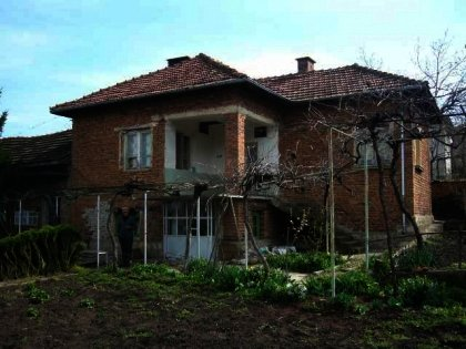 A charming house near Pleven with a vineyard  Ref. No 55149