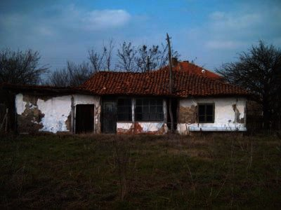 A cheap and small house for sale in Bulgaria,property near Elhovo Ref. No H0041