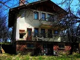 Well-maintained bulgarian villa for sale , beautiful location  Ref. No 593063